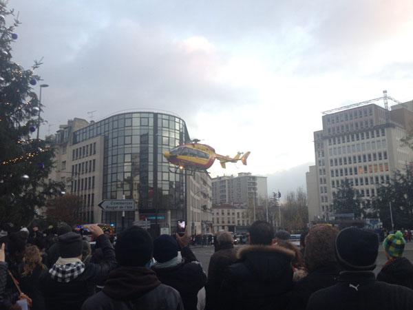 Hélicoptère à Montreuil